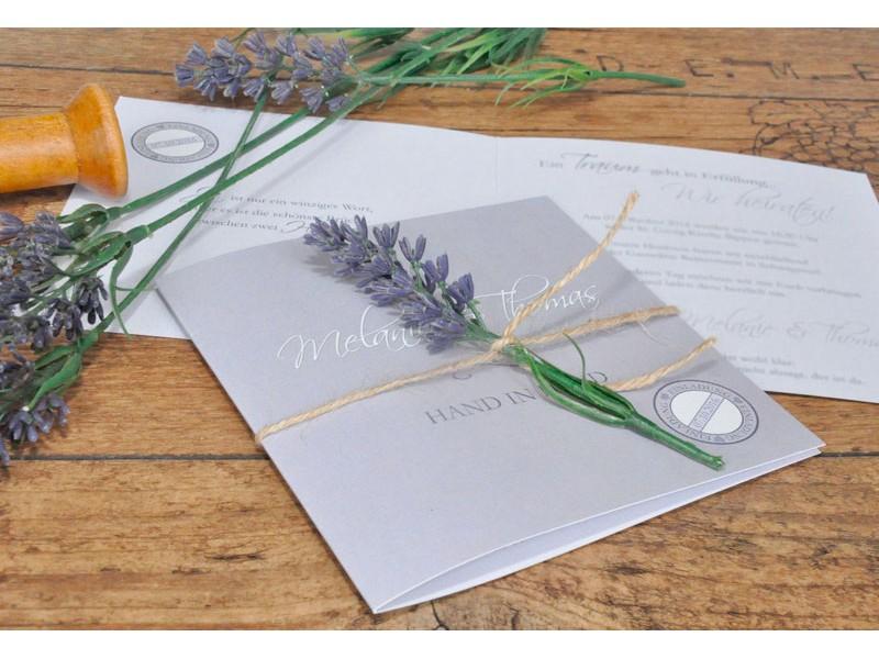 einladungskarte hochzeit lavendel fliederfarben. Black Bedroom Furniture Sets. Home Design Ideas