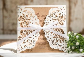 Einladungskarten hochzeit individuell gestalten for Hochzeitseinladungen vintage mit spitze