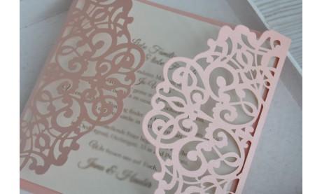 """Lasercut Einladungskarte Hochzeit """"Traum in rosa"""""""