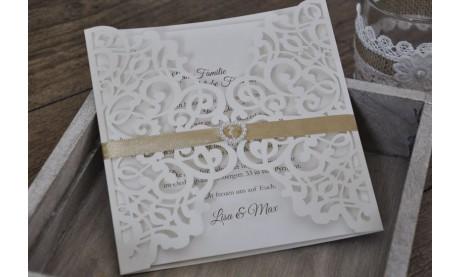 """Moderne Hochzeitseinladung """"Laserschnitt mit Herz"""""""