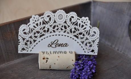 Hochzeit-Vintage-Lasercut-Spitze-lavendel-Hochzeitspapeterie