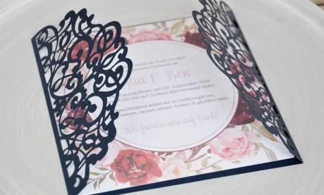 Einladungskarte Hochzeit Vintage Lasercut Spitze - floral Blumen