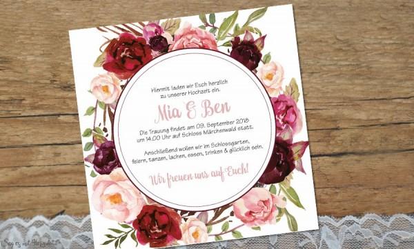 Hochzeitseinladung Blumenkranz bordeaux rosa