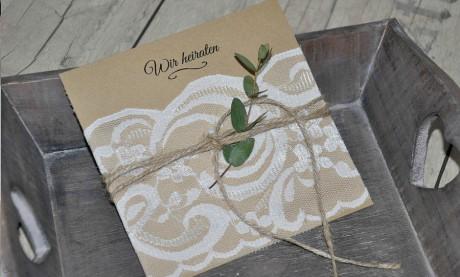 Einladungskarten Hochzeit Vintage Spitze Kraftpapier