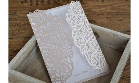 Einladungskarten Hochzeit rosa Spitze Lasercut Rosen