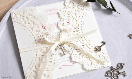 Einladungskarten Hochzeit Spitze Vintage Lasercut