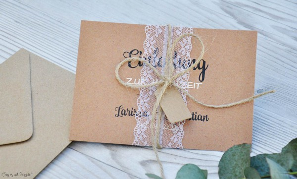 Hochzeitseinladung Kraftpapier diy Spitze weiß Vintage mit Foto