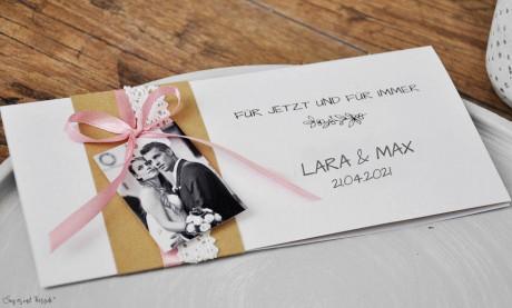 Hochzeitseinladungen Vintage Kraftpapier Banderole mit Spitze weiß, mit Foto, rosa diy