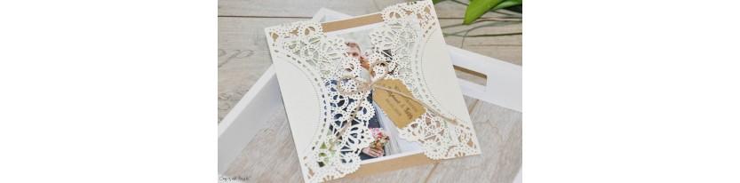 Vintage Einladungskarten Hochzeit mit Lasercut Spitze & Kraftpapier