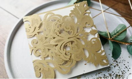 Einladungskarten Hochzeit gold weiß Laser cut