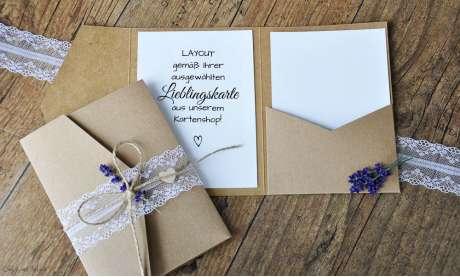 Pocketfold Hochzeitseinladungen diy Kraftpapier weiße Spitze Einladungskarten Hochzeit