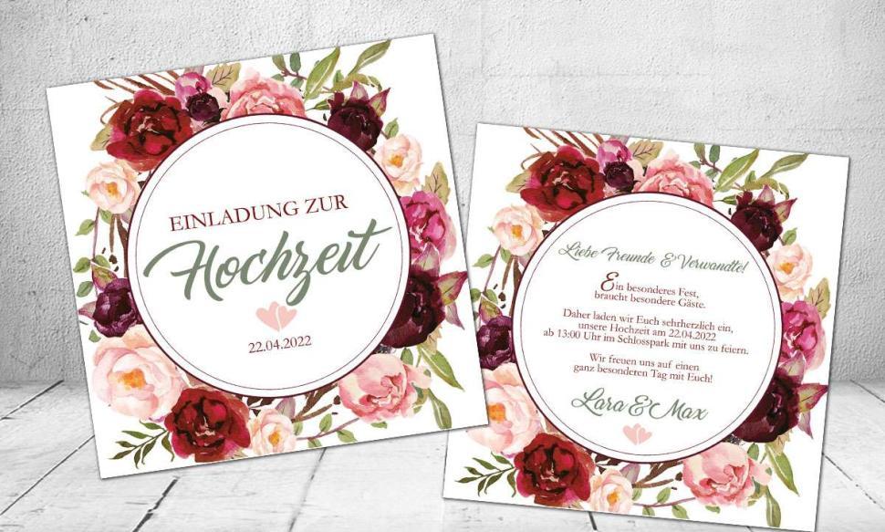 Hochzeitseinladung Blumenkranz bordeaux rot grün