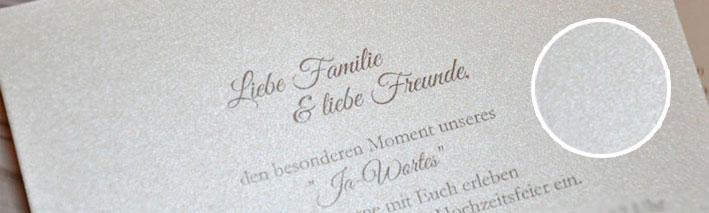 Papierveredlung Einladungskarten Hochzeit Perlmutteffekt